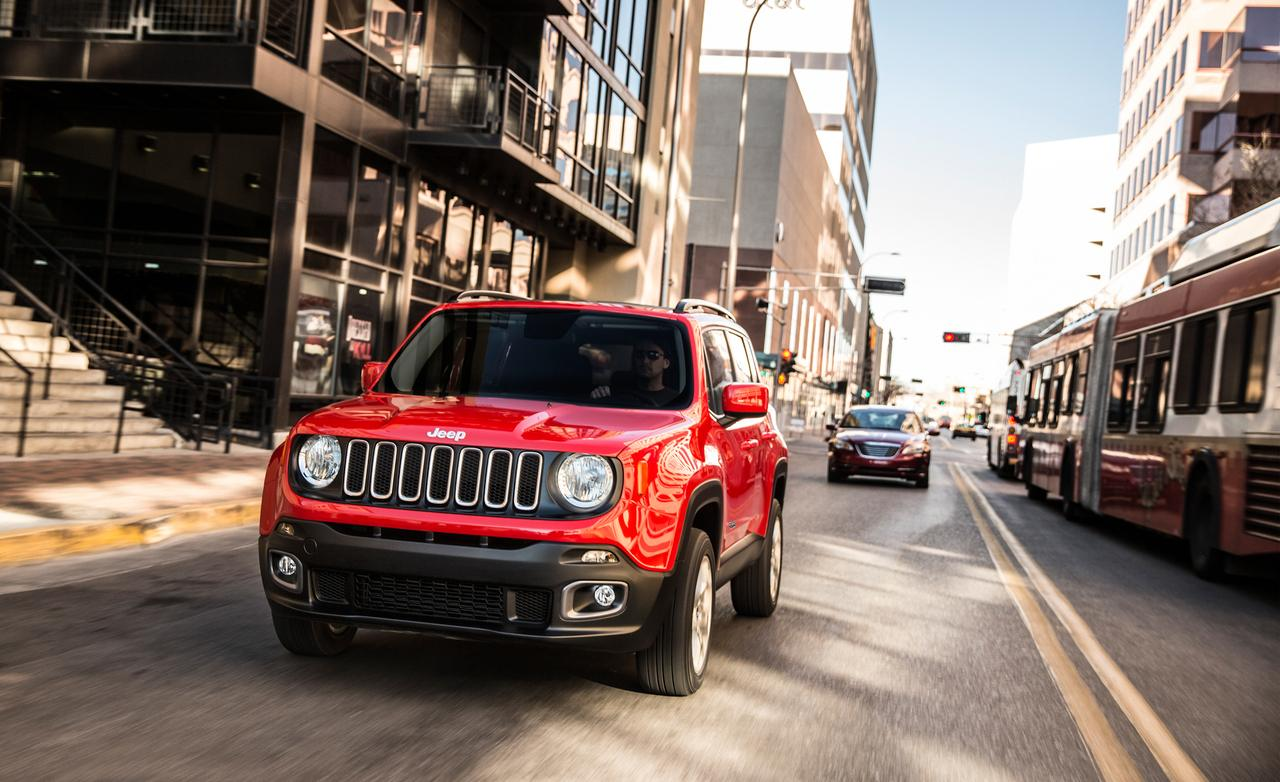 2015 Jeep Renegade - City Driving