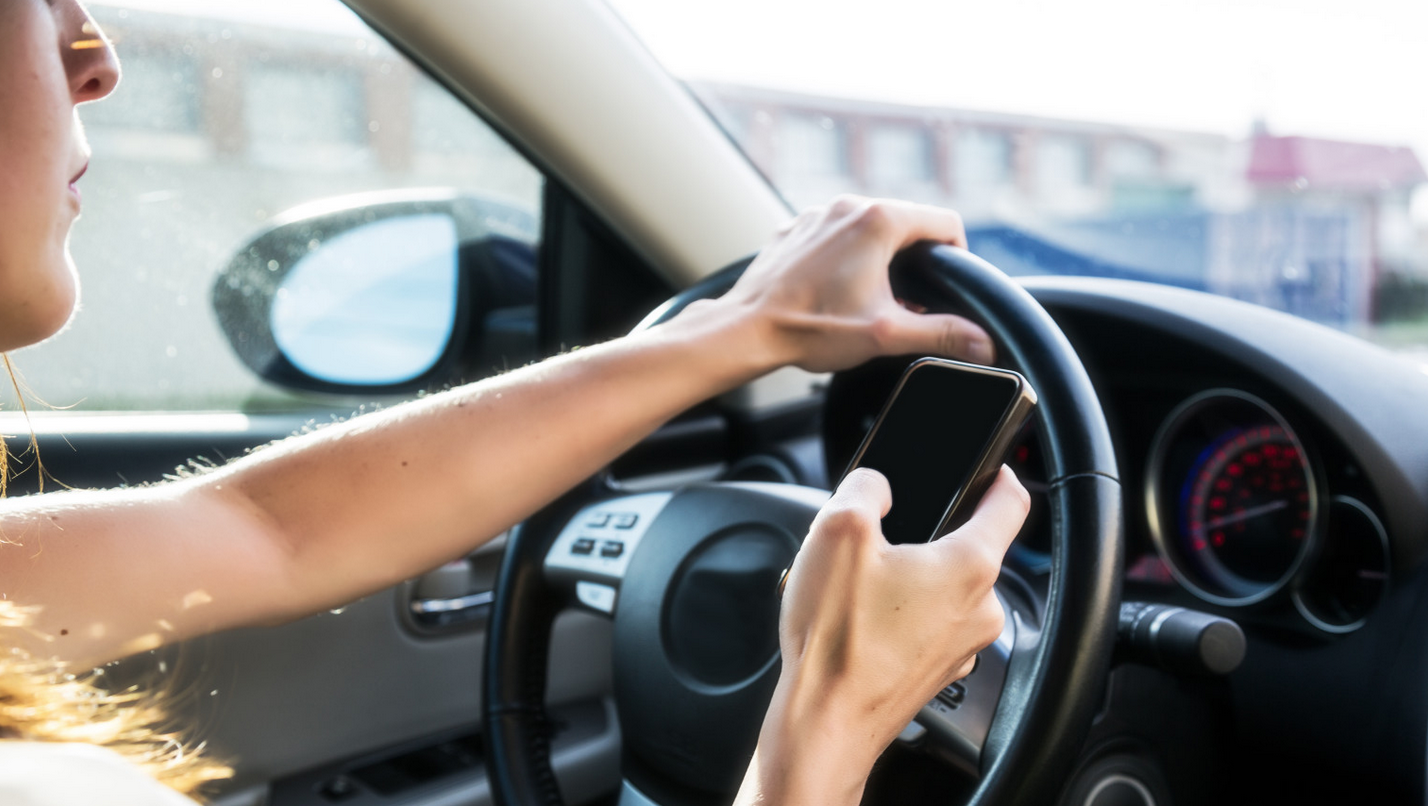 Tips for Avoiding Car Accidents - Distracted Driving