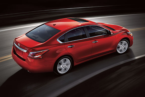 2015 Nissan Altima - Red