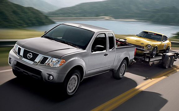 2015 Nissan Frontier Competition
