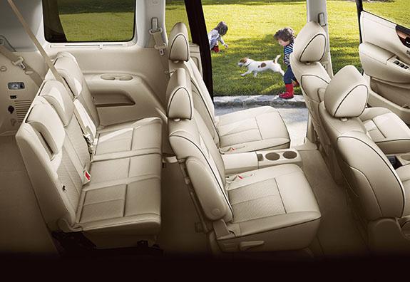 2015 Nissan Quest Interior