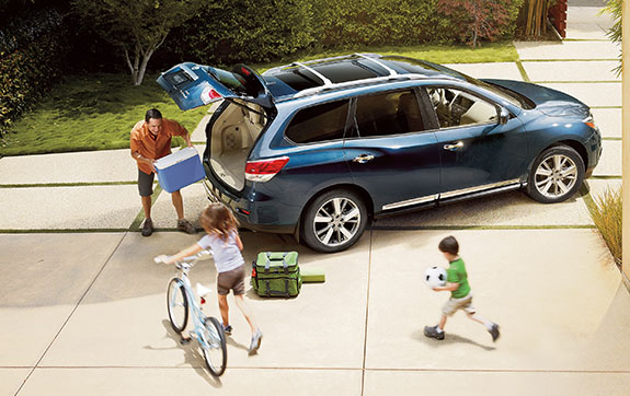 2015 Nissan Pathfinder - Family SUV
