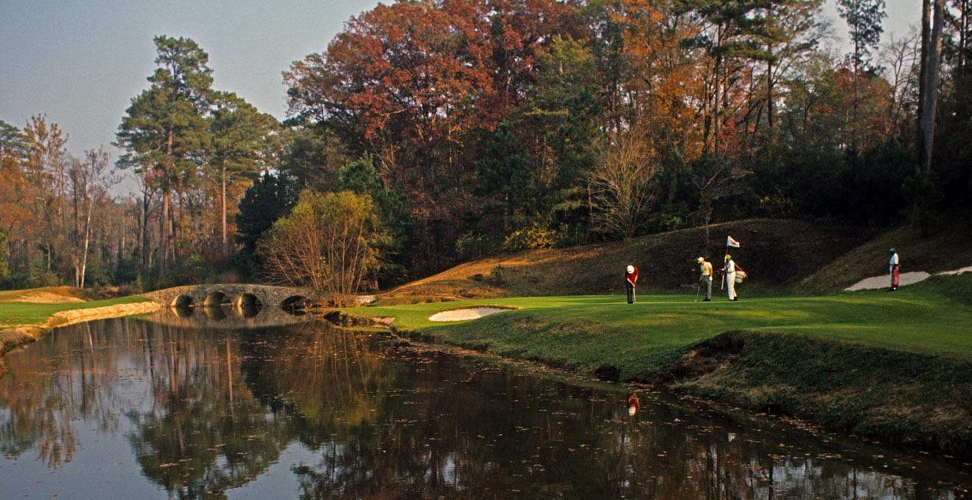 Augusta Georgia golfing in the fall